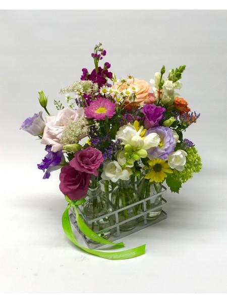 Seasonal Tray of Blooms